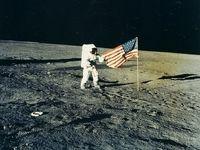 ناسا مجموعهای از تصاویر فضایی را حراج کرد