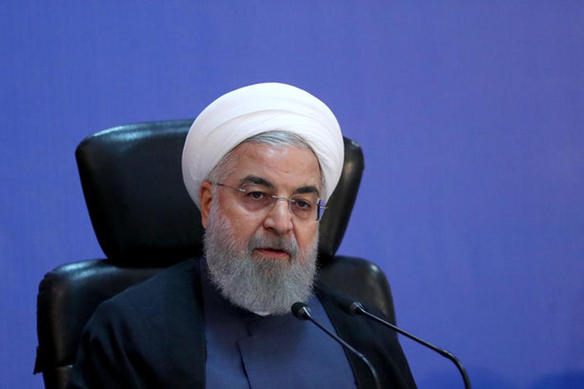 روحانی: در بنزین خودکفا خواهیم شد و حتی صادر کننده میشویم/ سال۹۷ سال توسعه و عدالت اقتصادی خواهدبود