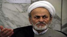اسامی ۳۰۰ مفسد در جیب احمدی نژاد؟
