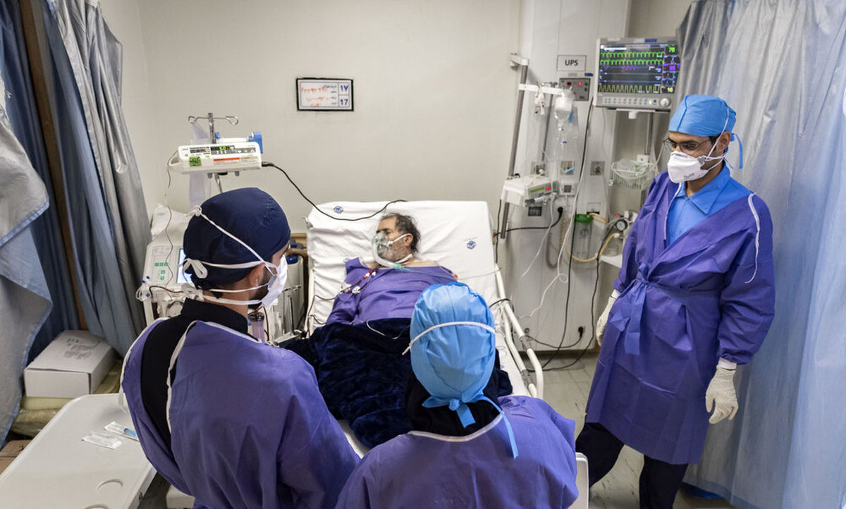 بیماران کرونا یک روزه دفترچه بیمه سلامت میگیرند