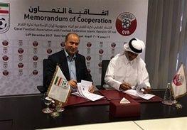 امضا تفاهمنامه فدراسیونهای فوتبال ایران و قطر
