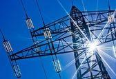 نقش بسیار مهم صنعت برق در رونق صنعتی کشور