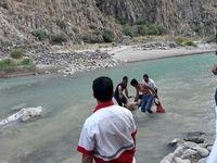 سقوط دختر هشت ساله در رودخانه کرج