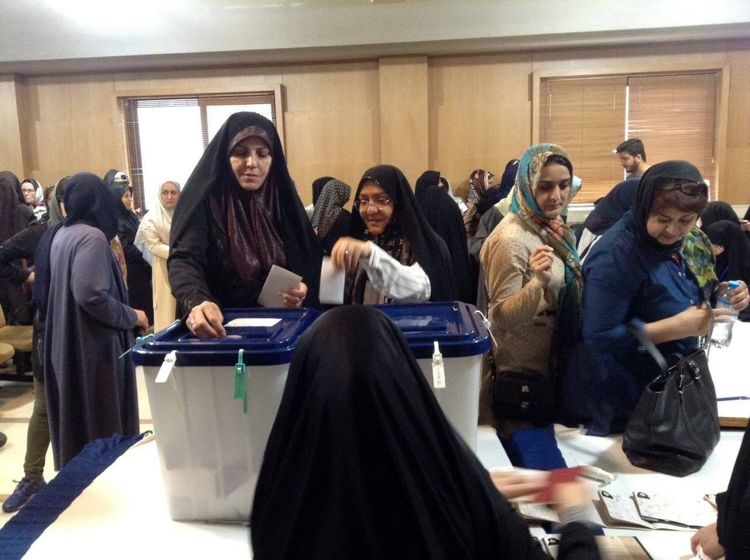 حضور چهره ها در انتخابات