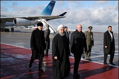 استقبال از روحانی در فرودگاه مسکو +عکس