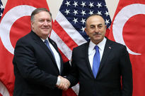 وزیران خارجه ترکیه و آمریکا درباره قتل خاشقچی گفت و گو کردند