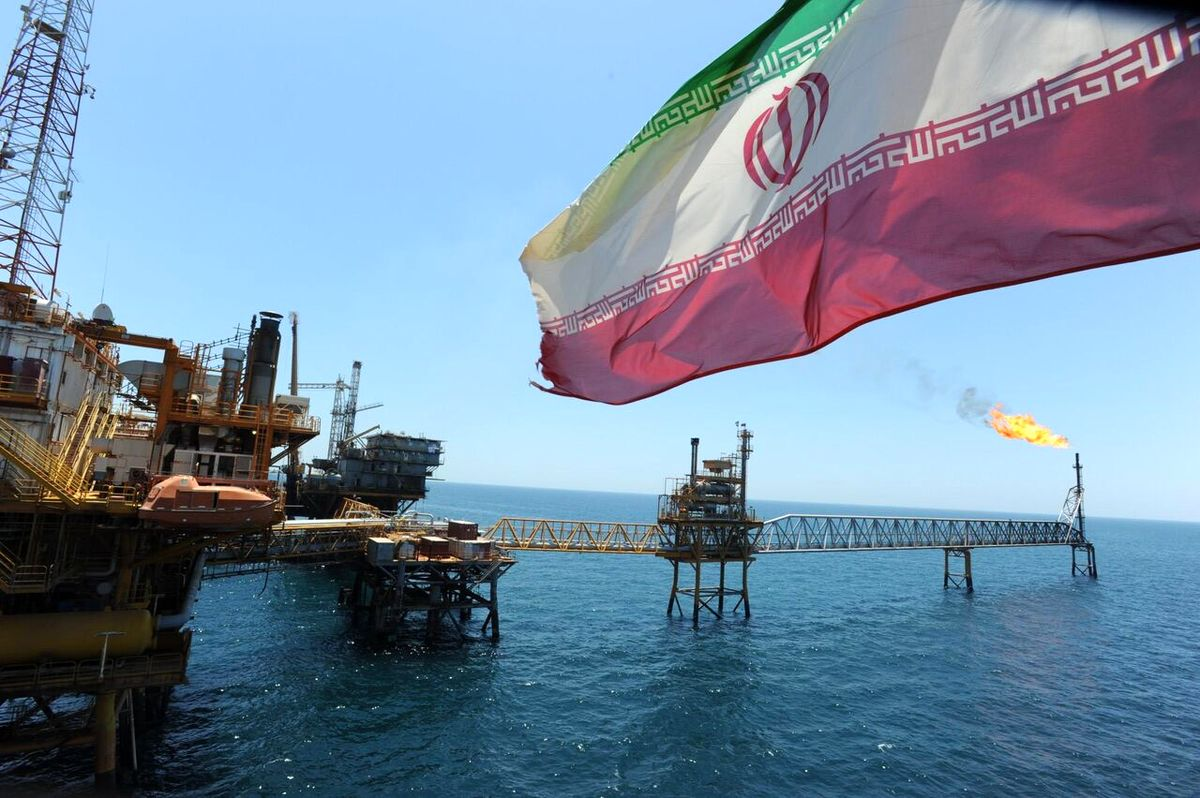 آمریکا معافیت عراق از تحریمهای ضد ایرانی را تمدید میکند؟