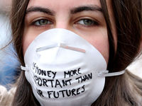 تظاهرات دانشجویان معترض به تغییرات آبوهوایی +تصاویر