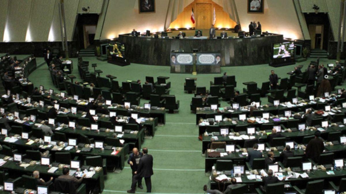 سوال از وزیر علوم در دستور کار مجلس