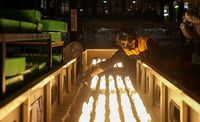 کارخانه تولید لوازم روشنایی +عکس