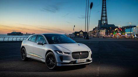 2019-Jaguar-I-Pace-in-England-33