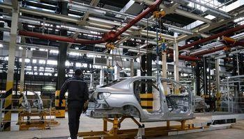رحمانی: تولید خودرو از چهار هزار دستگاه فراتر رفت/ تکذیب تخلف گسترده در واگذاری خودروها