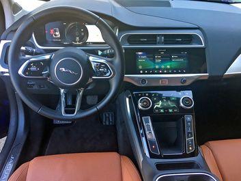 2019-Jaguar-I-Pace-EV400-Blue-5