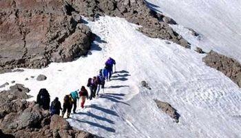 نجات کوهنوردان گرفتار شده در ارتفاعات