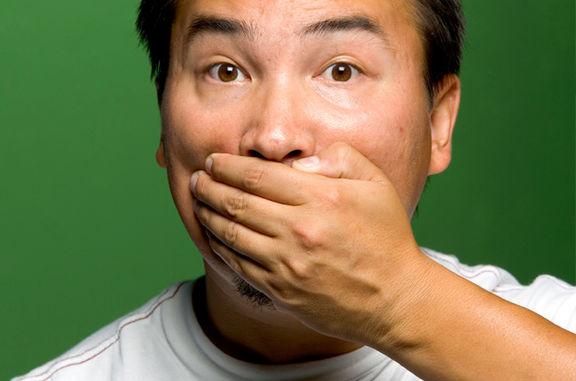 یک علت شایع برای بوی بد دهان
