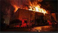 آتشسوزی مهیب در مجتمع بزرگ زیتون تهران +تصاویر