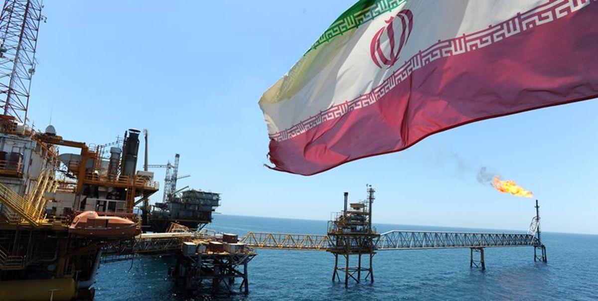 ایران برای بازگشت به بازار جهانی نفت تلاش میکند
