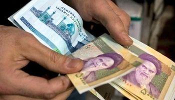 دولت در حذف یارانه نقدی دهکهای پردرآمد برخورد قاطع داشته باشد