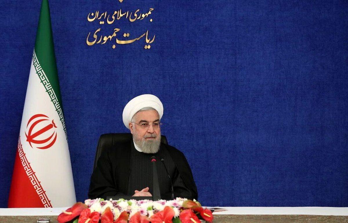 تحریم یک ظلم عظیم بر ملت ایران است / نمیتوان ایرانی بود و از رفع تحریم ناراحت شد