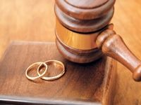 طلاقگرفتن برای زنها راحتتر و برای مردها سختتر