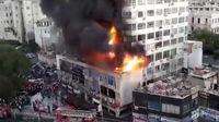 آتش سوزی در بلندترین ساختمان تجاری دمشق +عکس