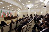 روحانی: مصمم به تنومند کردن درخت همکاریهای ایران و آذربایجان هستیم/ روابط تهران-باکو در زمینه ترانزیت و بهرهبرداری مشترک از ظرفیتهای خزر افزایش مییابد