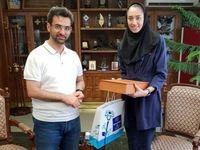 عکس یادگاری وزیر جوان روحانی با کیمیا علیزاده