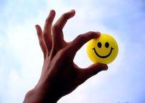 باورهای اشتباه عامل بیرنگشدن شادی