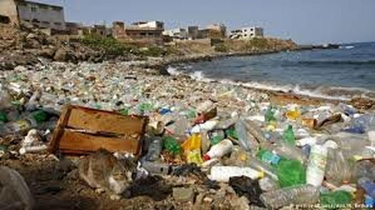 دریای زباله در ساحل خزر!   اقتصاد آنلاین