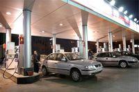 صف طولانی پمپ بنزین در غرب تهران +عکس
