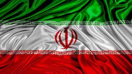شعبدهبازی سفیر ژاپن با پرچم ایران! +فیلم
