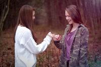وابستگی شدید به دوست چه آسیبهایی دارد؟