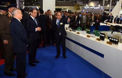 رئیس جمهور مصر عبدل فتاح السیسی در نمایشگاه بین المللی تسلیحات EDEX 2018 در مصر