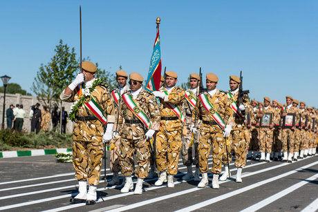 آغاز مراسم رژه روز ارتش با حضور رئیسجمهور